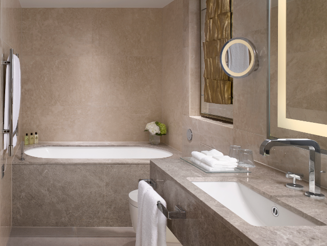 Mayfair Studio Suite Bathroom