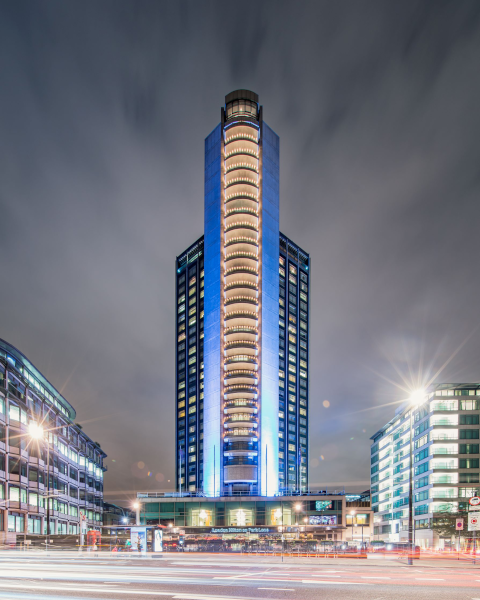 London Hilton on Park Lane Exterior