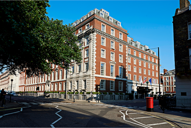 London Marriott Grosvenor Square Exterior