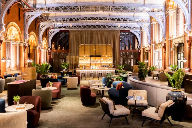 St Pancras Renaissance Hotel Lounge